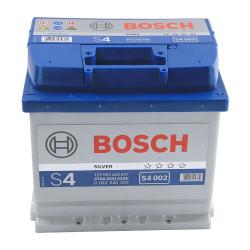 Аккумулятор Bosch S4 52Ah 470A 207x175x190 о.п. (-+)